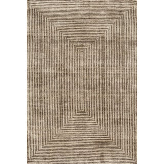 Contemporary Schumacher Patterson Flynn Martin Spqr Hand Knotted Wool Silk Modern Rug - 6′ × 9′ For Sale