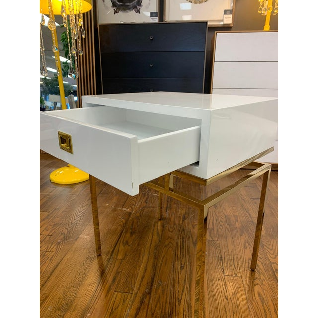 Hollywood Regency Hollywood Regency White Lacquer & Brass Side Table For Sale - Image 3 of 6