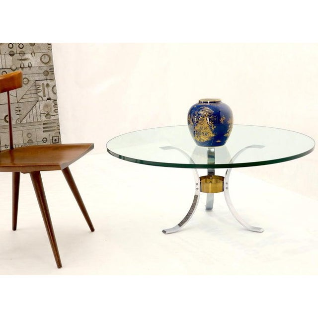 "Mid-Century Modern Heavy Thick 3/4"" Glass Round Top Chrome & Brass Tripod Base Coffee Table For Sale - Image 3 of 12"