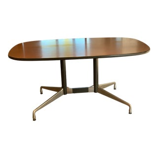 Mid-Century Modern Eames Herman Miller Dining or Conference Table For Sale