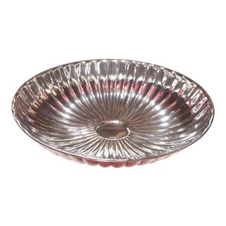 1960s Vintage Wallace Scalloped Silverplate Footed Trinket Bowl For Sale