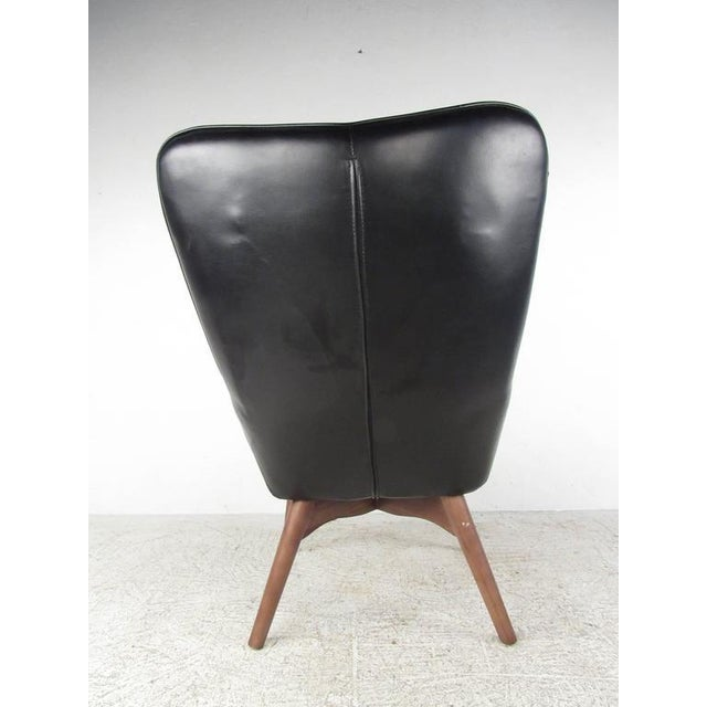 Plastic Mid-Century Style Wingback Lounge Chair With Ottoman For Sale - Image 7 of 9