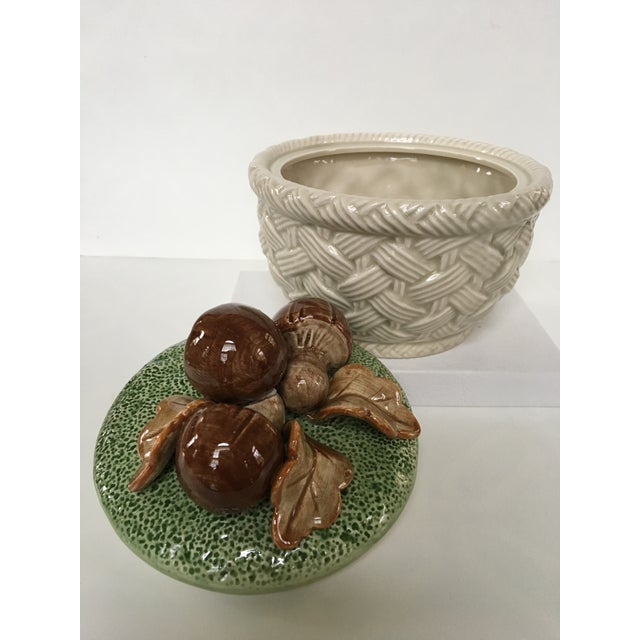 1980's Hand Painted Fitz and Floyd Basketweave Mushroom & Oak Leaf Covered Dish For Sale - Image 10 of 12