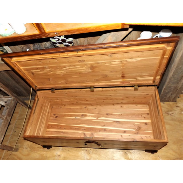1950s Lane French Provincial Style Cedar Hope Chest For Sale - Image 5 of 9