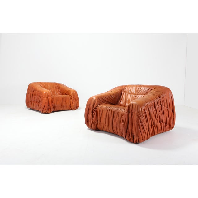 1970s Cognac Leather Postmodern Lounge Chairs by De Pas, D'urbino & Lomazzi For Sale - Image 5 of 11