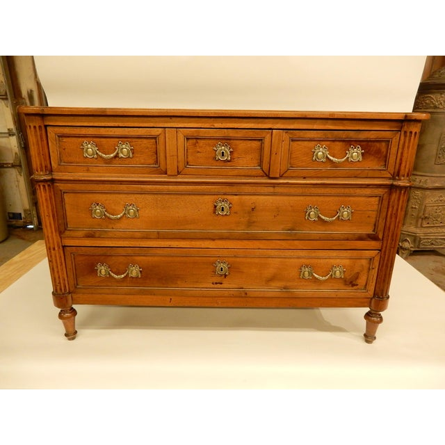 Louis XVI Walnut 19th Century Commode For Sale - Image 10 of 10