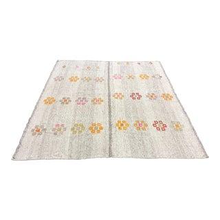 1960s Turkish Floral Design Kilim Rug - 6′11″ × 8′3″ For Sale