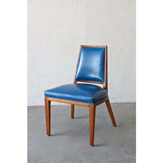 This is a wonderful mid-century Monteverdi-Young pull-up chair that dates to the late 1950s. Solid walnut frames of...