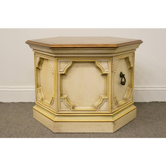 Late 20th Century Vintage Drexel Heritage Siena Collection White Hexagonal Side Table For Sale - Image 9 of 11