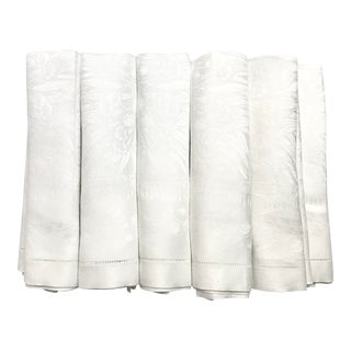 Set of 11 White Linen Damask Dinner Napkins For Sale