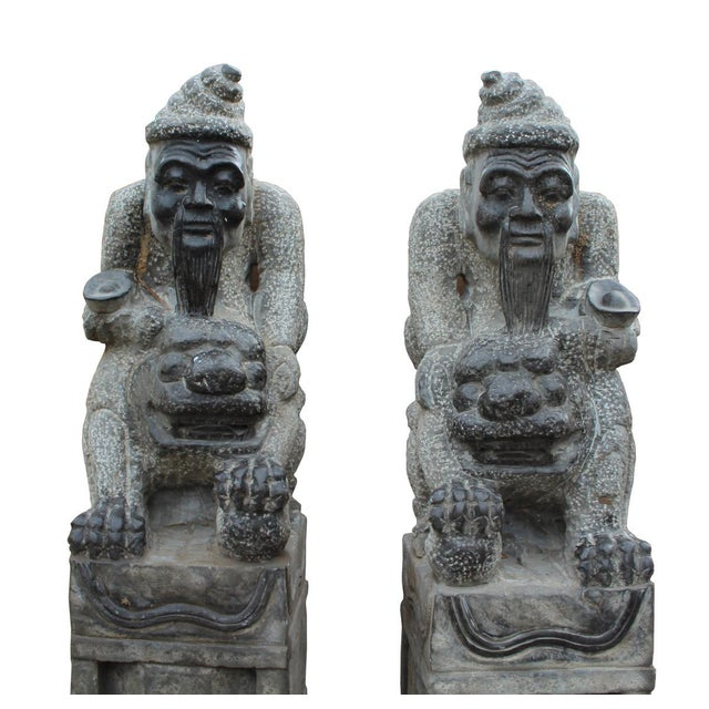 Chinese Fengshui Stone Old Man & Foo Dog Figures- A Pair - Image 4 of 7