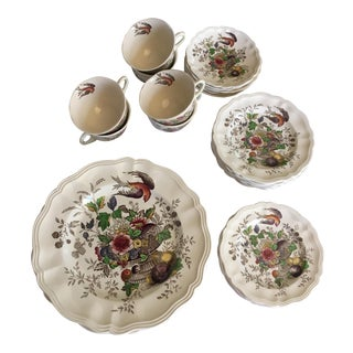 Royal Doulton 1940's Hamphire Pattern Fruit Bird Urn Transfer Ware - 34 Piece Set For Sale