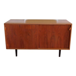 Restored Mid Century Modern 1950s Florence Knoll Walnut Double Sliding Door Cabinet