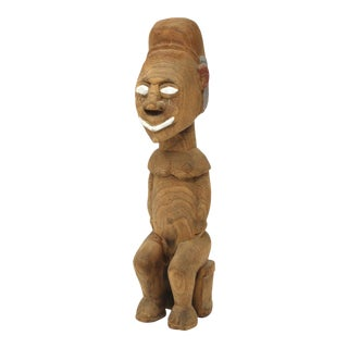 Vintage Indonesian Carved Wood Tribal Seated Figure For Sale