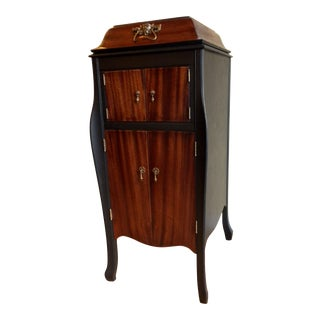20th Century Traditional Bespoke Liquor Cabinet For Sale