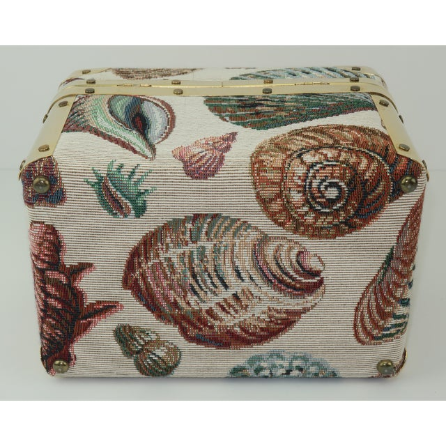 1980's Lisette New York Seashell Tapestry Train Case Handbag For Sale In Atlanta - Image 6 of 12
