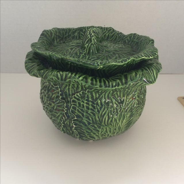 Green Covered Lettuce Ware Bowl - Image 2 of 7