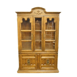 "20th Century Italian Keller Furniture 52"" Display China Cabinet For Sale"