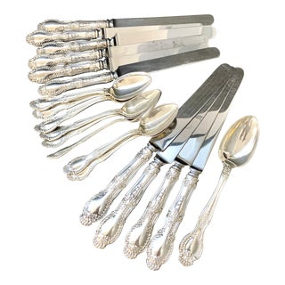 Vintage Richelieu by Tiffany & Co Sterling Silver No Monogram Spoons Knives Flatware - 19 Pieces For Sale