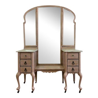 Vintage Vanity With Tri-Fold Mirrors