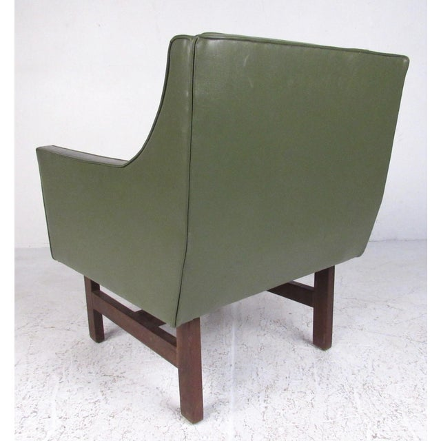 Pair Mid-Century Modern Club Chairs For Sale - Image 4 of 11