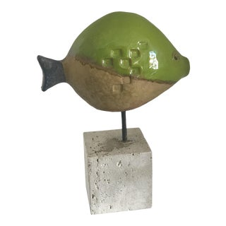 1950s Italian/Tuscan Ivo De Santis for Gli Etruschi Kelly Green Pottery Fish Sculpture on Travertine Stand