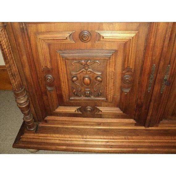 Antique Walnut Court Cabinet Cupboard - Image 3 of 7