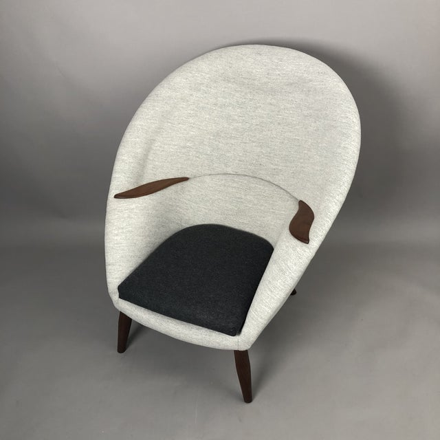 Oda Chair For Sale - Image 9 of 10