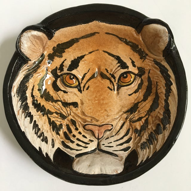 Hollywood Regency Mid-Century Large Tiger Face Pottery Bowl/Catchall - Made in Italy For Sale - Image 3 of 13