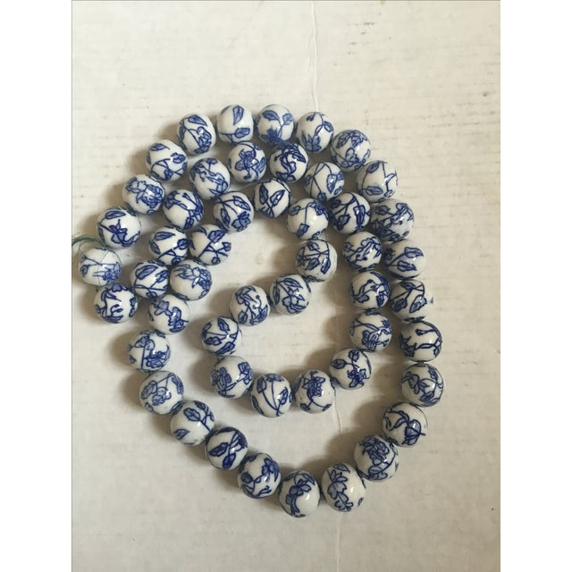 Blue & White Chinese Floral Porcelain Beads - Image 5 of 6