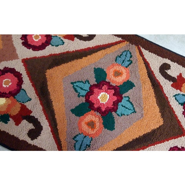 1930s Handmade Antique American Hooked Rug 2.6' X 4.6' For Sale - Image 4 of 9