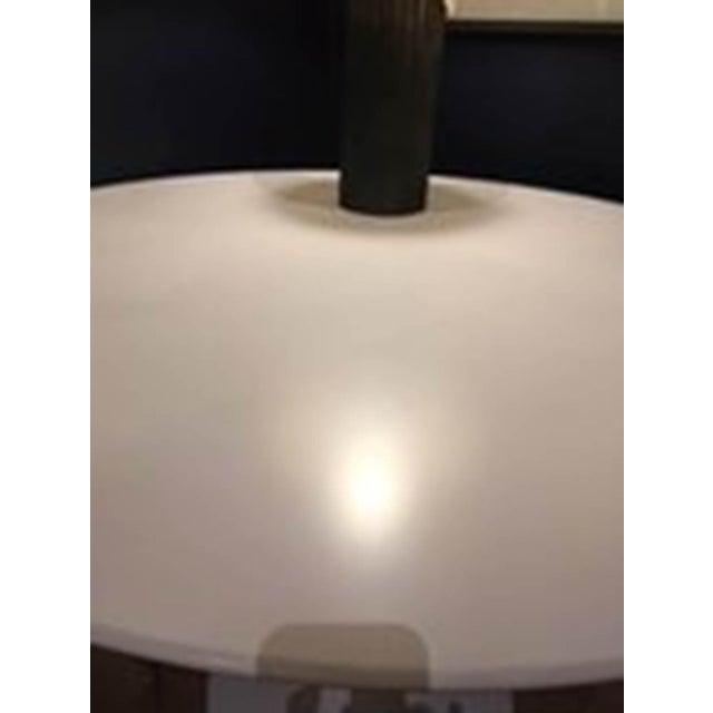 "Saarinen 42"" Round Dining Table Designed by Eero Saarinen for Knoll - Image 5 of 9"