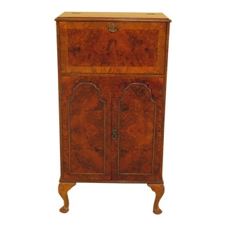 Vintage Queen Anne Style Walnut Bar Cabinet For Sale