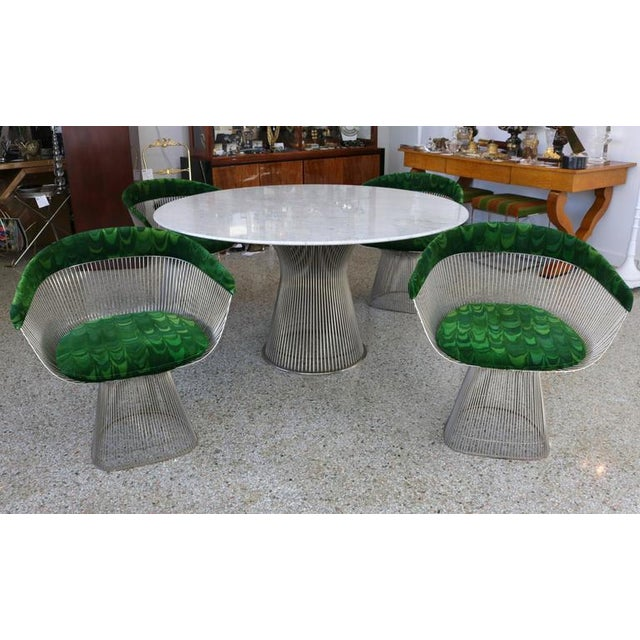 This set of table and chairs are by the iconic American designer Warren Platner and were produced by Knoll Furniture in...