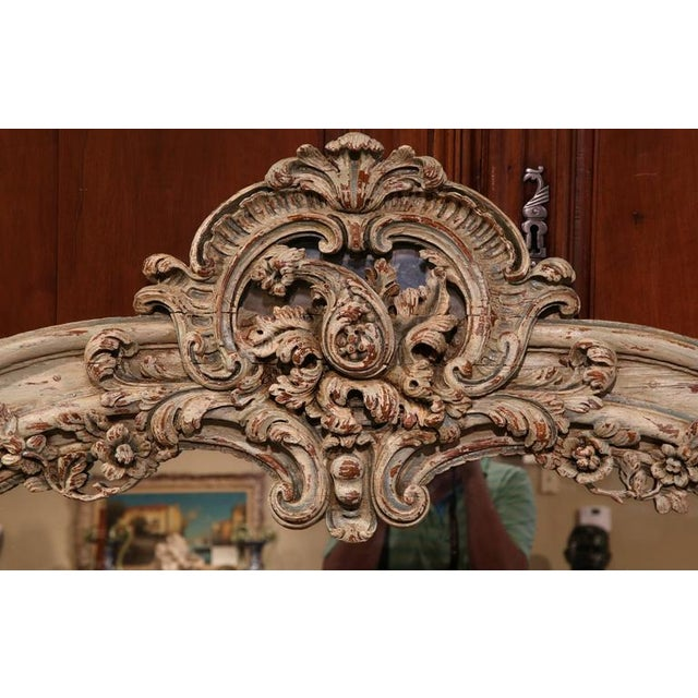 French Early 19h Century French Régence Carved Painted and Gilt Mirror From Lyon For Sale - Image 3 of 6