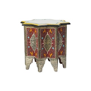 Moroccan Hand-Painted and Brass Inlaid End or Lamp Table For Sale