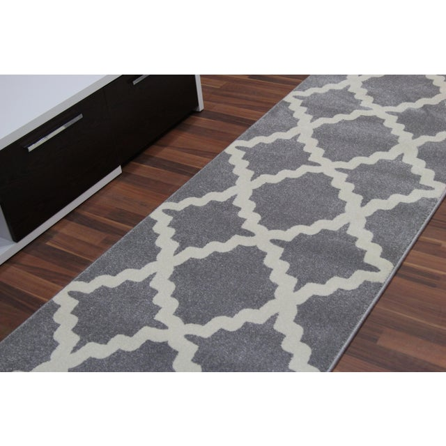 Gray Trellis Patterned Rug - 2'8''x10' - Image 4 of 4