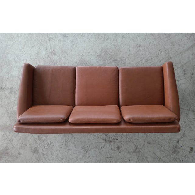 Danish Mid-Century Sofa In Cognac Leather For Sale In New York - Image 6 of 10