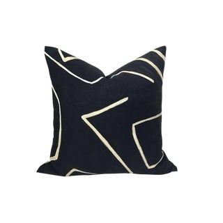 Graffito Pillow Cover in Onyx Black For Sale
