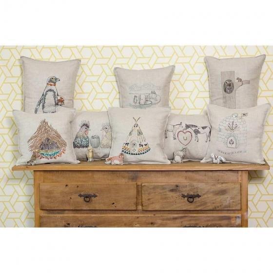 Contemporary Linen Plains Fox Pocket Pillow For Sale - Image 4 of 7