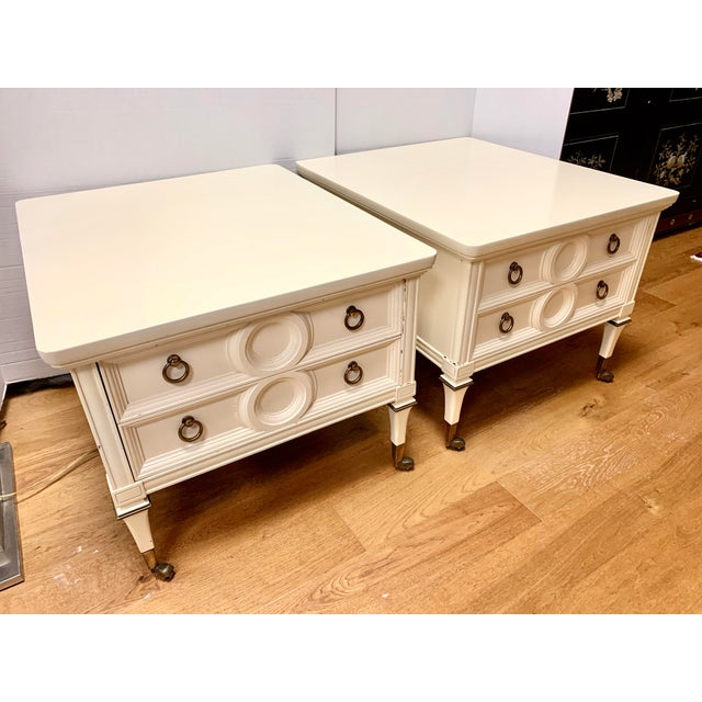 Hollywood Regency Mid Century Mastercraft Lacquered Nightstands Bedside Tables- a Pair For Sale - Image 3 of 10