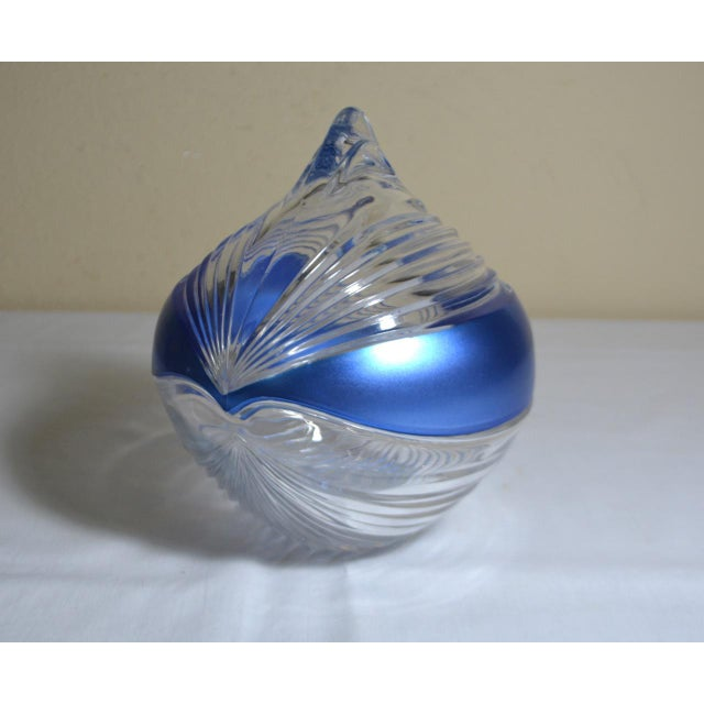Abstract 1980s Abstract Anna Hutte Modern Art Glass Bkeikristal Blue & Clear Glass Bowl For Sale - Image 3 of 11