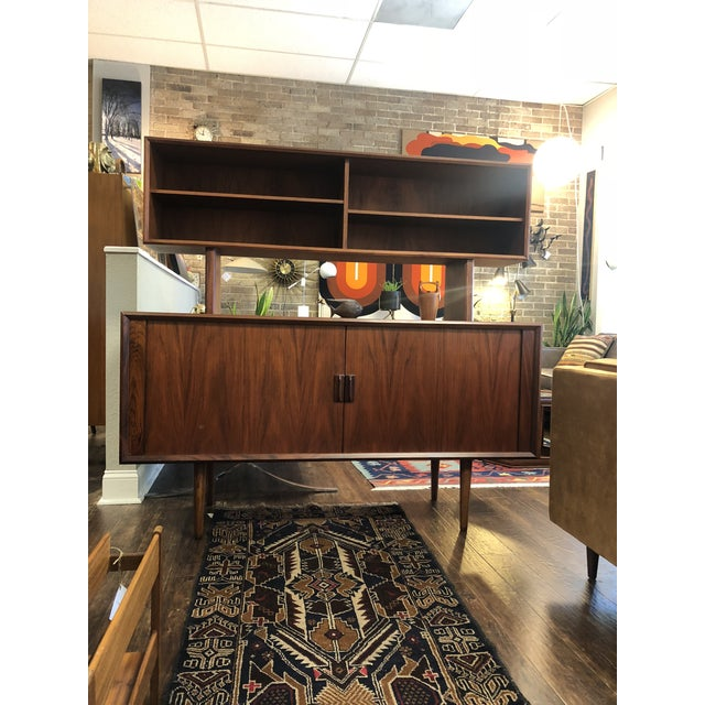 1960s Danish Modern Rosewood Ib Kofod Larsen Faarup Mobelfabrik Credenza With Hutch Top For Sale - Image 12 of 13