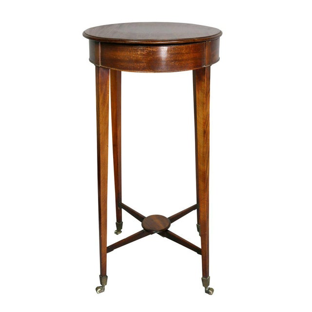 George III Mahogany Work or End Table For Sale In Boston - Image 6 of 9
