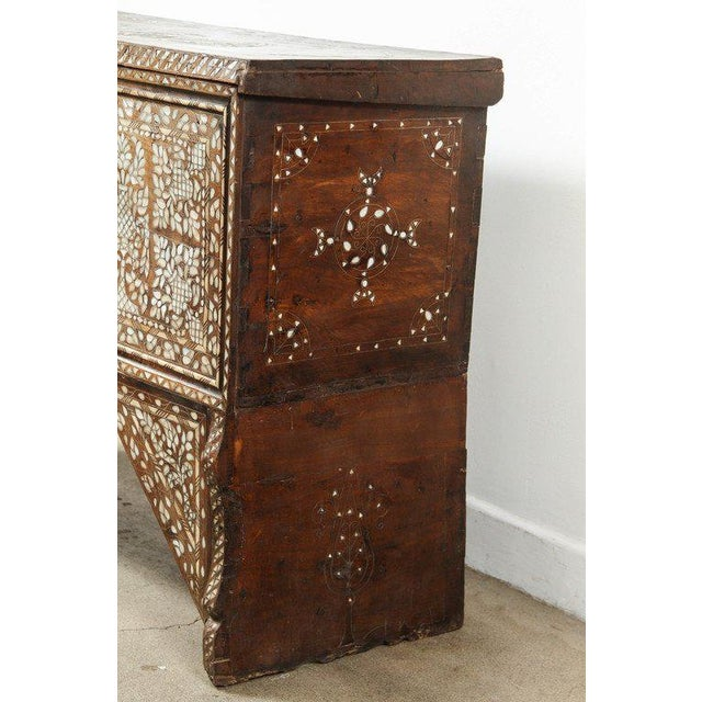 19th Century Antique Syrian Mother-Of-Pearl Inlay Wedding Trunk For Sale - Image 9 of 11
