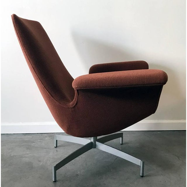Mid-Century Modern Contemporary HBF Furniture Dialogue Lounge Chair For Sale - Image 3 of 7