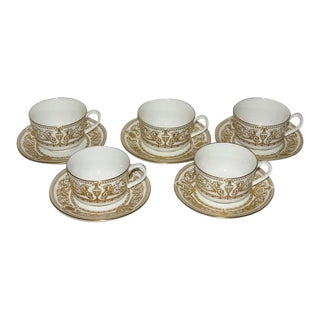 1960s Chippendale Royal Worcester Hyde Park Cups & Saucers - Set of 5