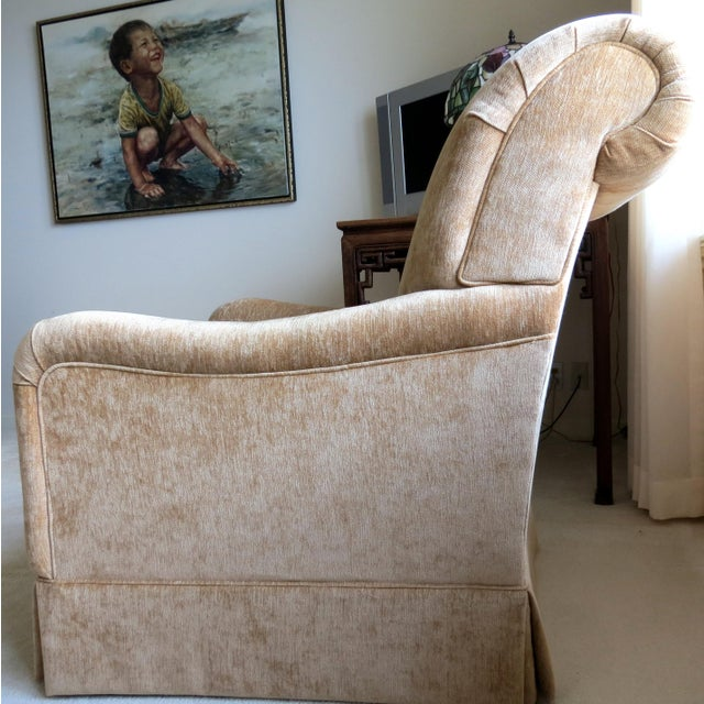 King Hickory Furniture Gold Fabric Chair - Image 3 of 5
