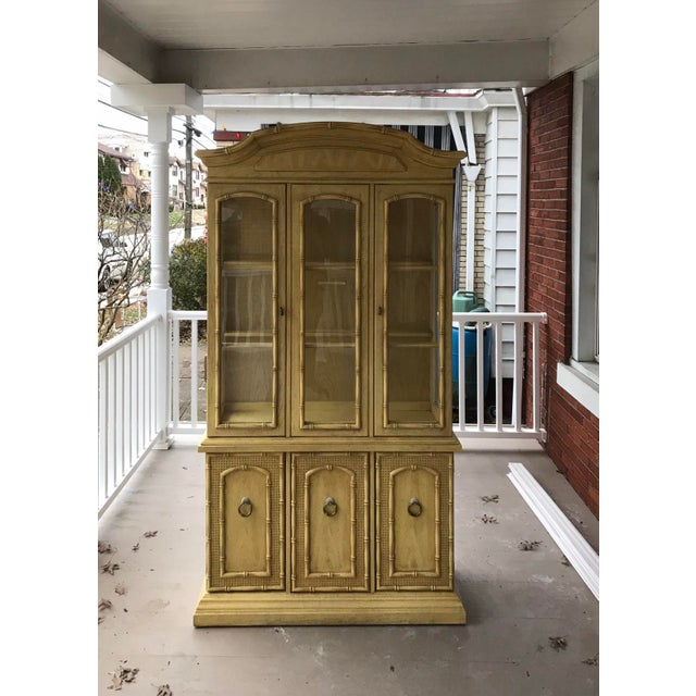 1970s 1970s Vintage Thomasville Faux Bamboo China Cabinet For Sale - Image 5 of 6