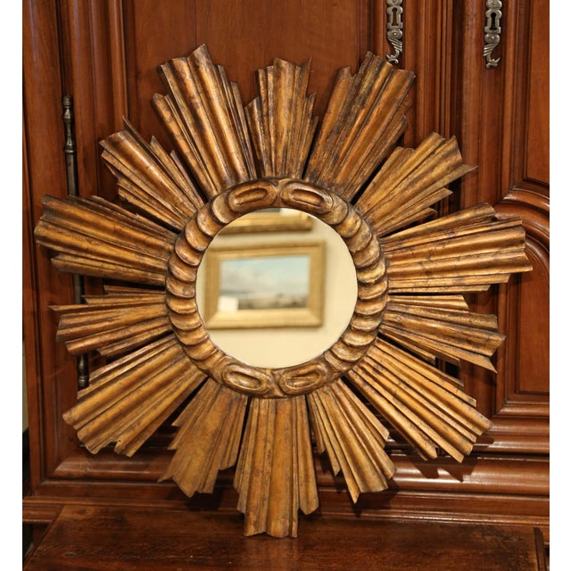 Gold Early 20th Century French Carved Giltwood Sunburst Mirror For Sale - Image 8 of 8